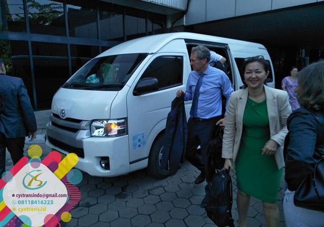 Harga Sewa Hiace Wisata di Jakarta